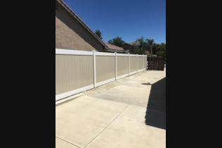 vinyl fencing in Temecula, Murrieta and Winchester CA