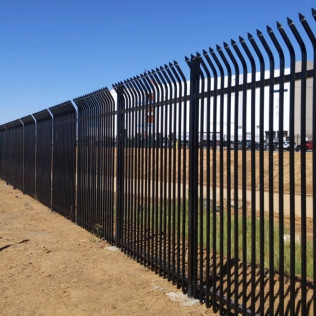 Perimeter Fence in Temecula, Murrieta and Winchester CA