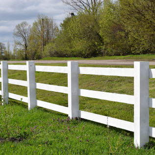 Call Us For All Your Residential & Commercial Fencing Needs in Winchester, Murrieta & Temecula, CA
